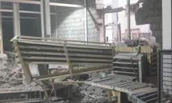 سقوط عشرات الشهداء والجرحى جراء قصف كثيف على مصنع إخوان ثابت بالحديدة
