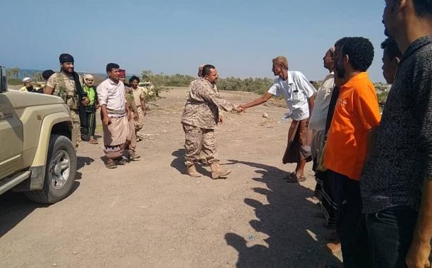 القائد العام للمقاومة التهامية يتفقد ابطال اللواء الرابع والخامس تهامة بالساحل الغربي (صور)